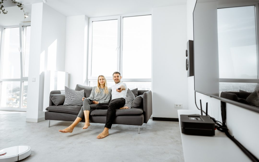 Picking the Right TV for a Bright Light Room